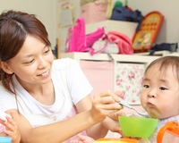 保育士 田家菜々(たんげ なな)